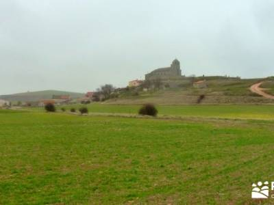 Enebral, Ermita Hornuez–Villa Maderuelo; excursiones; rutas por madrid